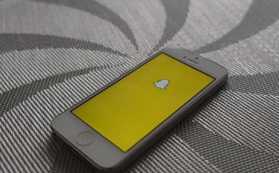 Recruter avec les réseaux sociaux Snapchat et Instagram